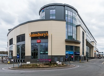Warwick Quadrant Shopping Mall in Redhill